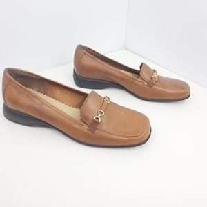 Nygard flats loafers brown size 7M women